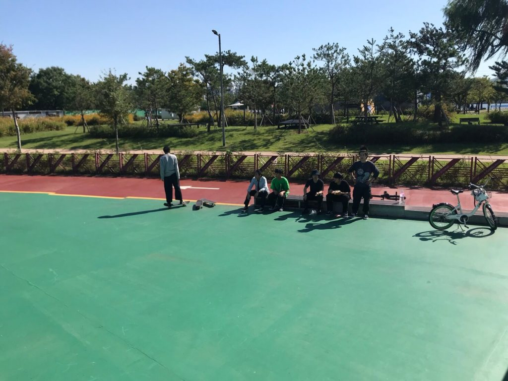 【韓国 ソウル】トゥクソムリゾート駅から徒歩5分! トゥクソムハンガン(漢江)公園内のトゥクソムスケートパークのご紹介!
