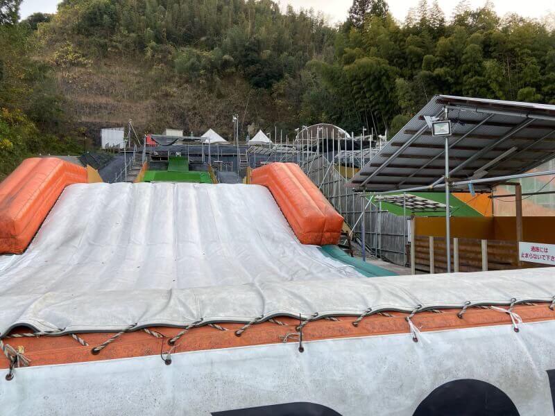 【九州 熊本】スノボもスケボーもキャンプもBBQも楽しめる! 松橋IC降りて5分のアウトドア施設 UKI UKI PARK(ウキウキパーク)ご紹介!